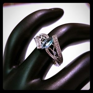 Jewelry - Light Blue Crystal Horse Eye Ring, Size 6